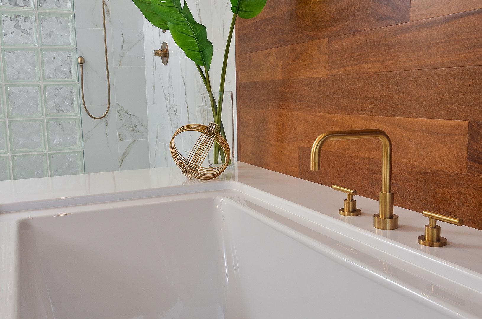 hillsboro-master-bath-036