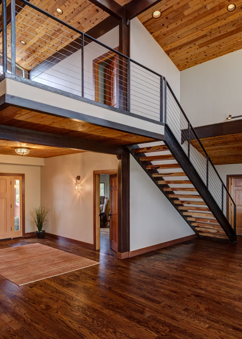 Interior_Entry_Stair_1_700x500