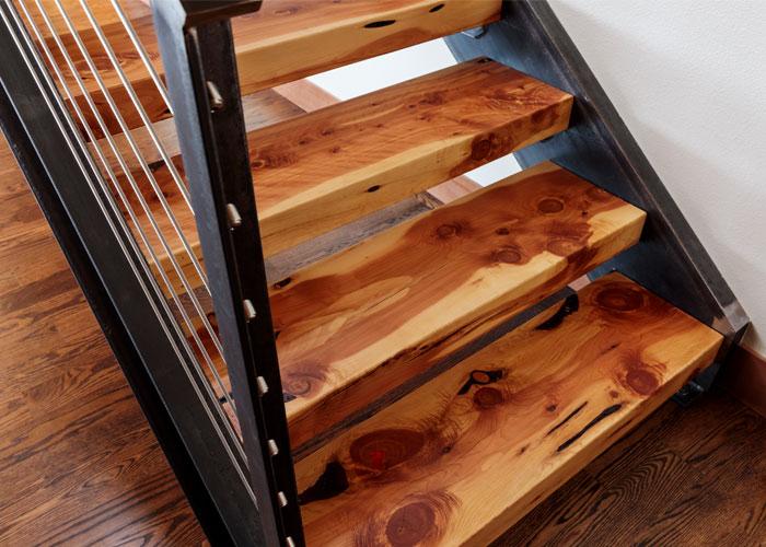 Interior_Stair_Detail_1_500x700