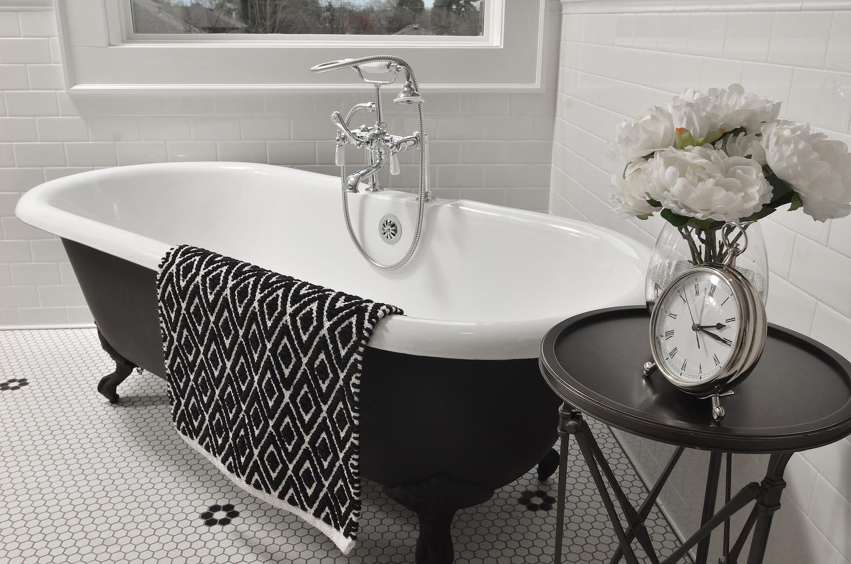 Laurelhurst-Bathroom-160