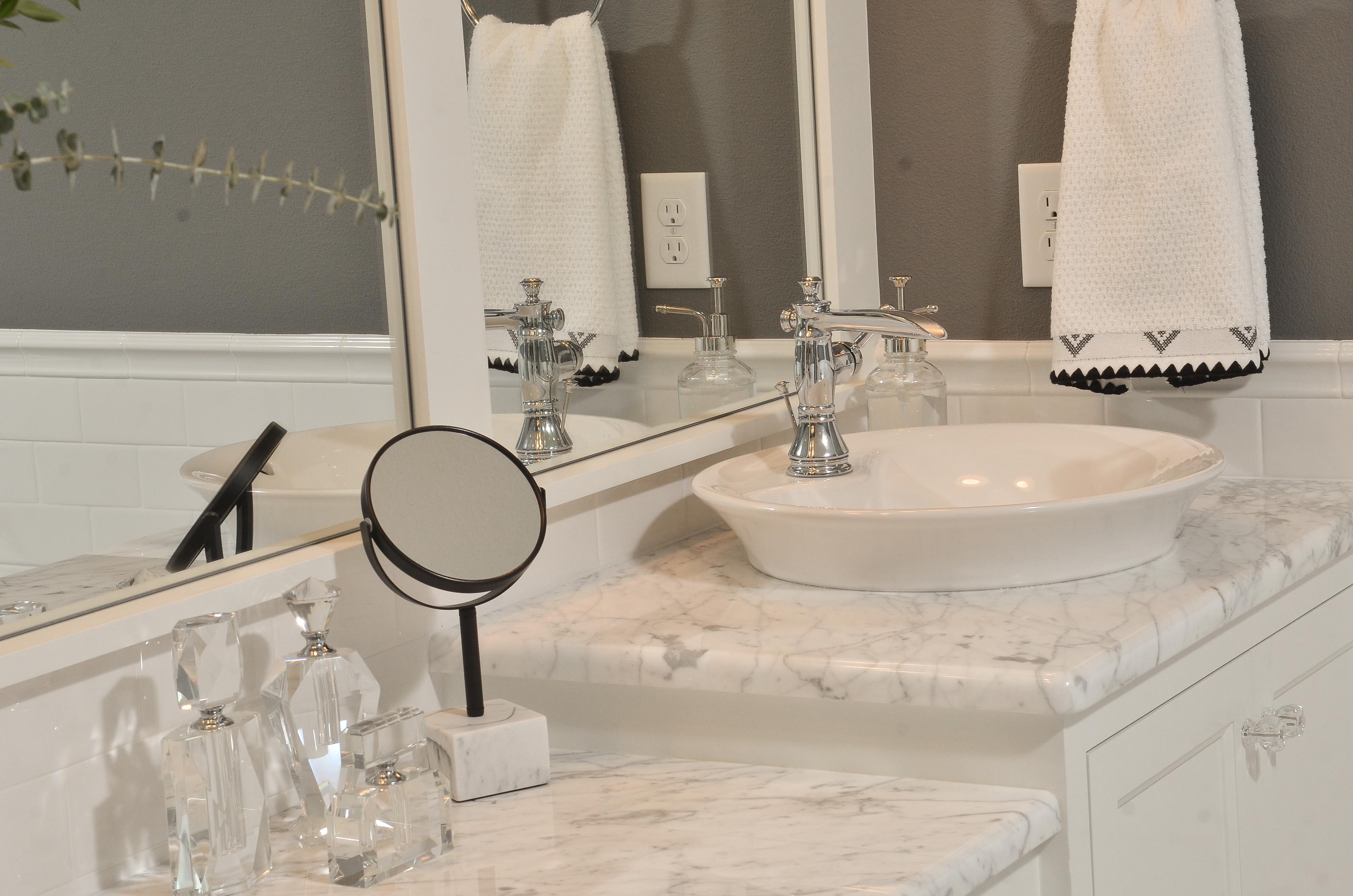 Laurelhurst-Bathroom-170